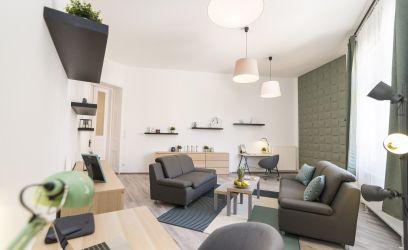 Így lehet egyedi és modern otthont varázsolni egy nagypolgári lakásból
