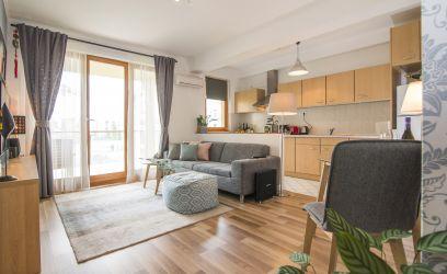 Így egyesül a kényelem és a pénztárcakímélő elegancia egy budapesti lakásban
