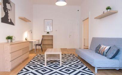 Megmutatjuk, hogyan bútoroztunk be egy pesti lakást olcsón és nagyszerűen.