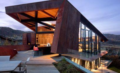 390 négyzetméteres luxus családi ház az éles formákat kedvelőknek
